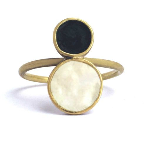 black and white ring in silver, 18k gold and enamel