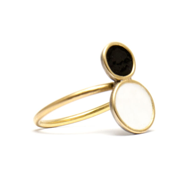 double dots ring black and white enamel and gold